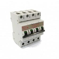 Bticino E83N/15 - Interruttore Magnetotermico 15A 380V