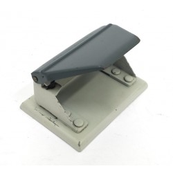 ZENITH 888 - Perforatore in Alluminio Passo 80mm - Grigio