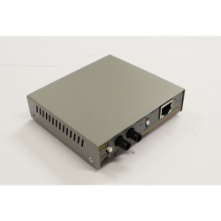 ALLIED TELESYN AT-MC101XL - Fast Ethernet Media Converter